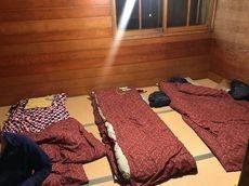 お取り寄せパスタソース専門店 ナチュラルグレース専門店 ナチュラルグレースメルカートブログ みんなで白馬岳登山(^_-)-☆白馬山荘寝床