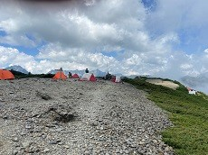 贈答・プレゼントにも。こだわり高級無添加パスタソース専門店・おとりよせのナチュラルグレースメルカートのブログ 蝶ヶ岳登山!山頂にはテントが。