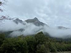 贈答・プレゼントにも。こだわり高級無添加 冷凍パスタソース専門店・おとりよせのナチュラルグレースメルカートのブログ 紅葉の涸沢登山に行ってきました!梓川から望む穂高連峰1