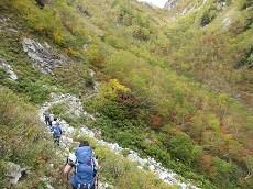 贈答・プレゼントにも。こだわり高級無添加 冷凍パスタソース専門店・おとりよせのナチュラルグレースメルカートのブログ 紅葉の涸沢登山に行ってきました!屏風岩を目指す