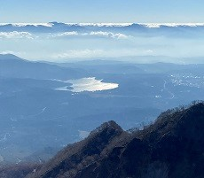 贈答・プレゼントにも。こだわり高級無添加パスタソース専門店・おとりよせのナチュラルグレースメルカートのブログ 妙高山は紅葉が綺麗でした!山頂付近からみる野尻湖